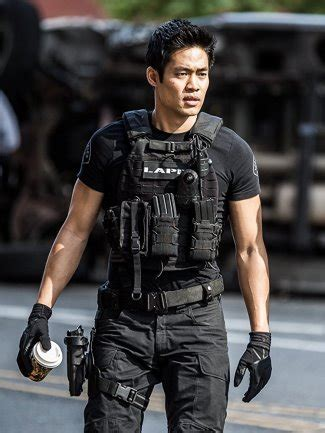 David Lim Gay or Girlfriend: Asian Hunk on Quantico and