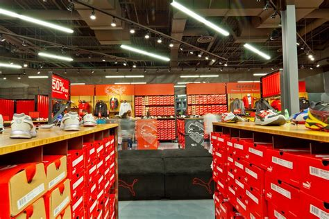 PUMA Factory Outlet Center (FOC) in California by Colkitt&Co