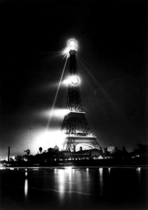 File:Eiffel Tower and Exposition Universelle at night