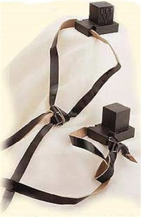 Wrapping the Mind and Heart - Tefillin - Mitzvahs & Traditions