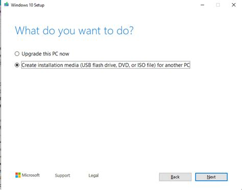 Windows: Manual upgrade to a new feature version