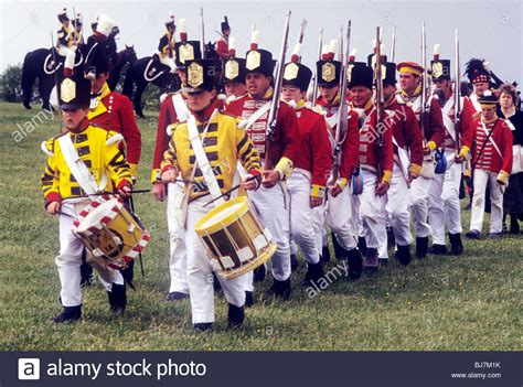 British Infantry Redcoats marching in column, 1815 foot