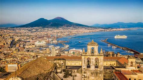 Pictures of Naples, photo gallery and movie of Naples