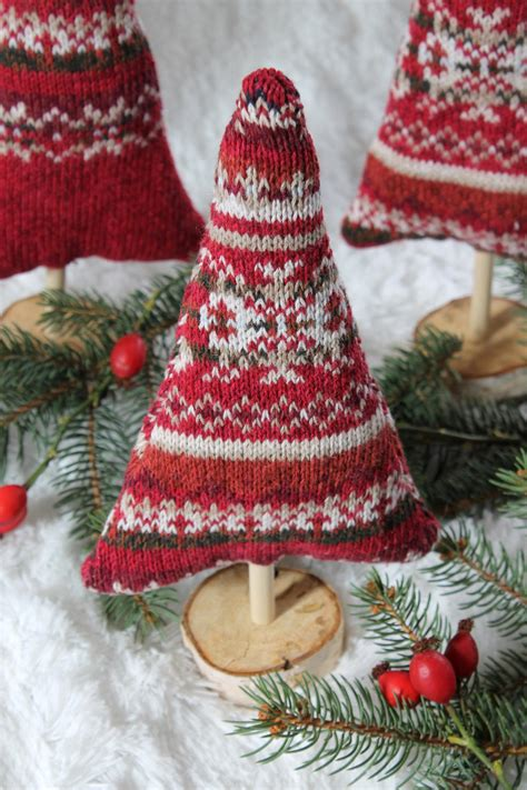 Christmas Sweater Trees Tutorial | AllFreeSewing