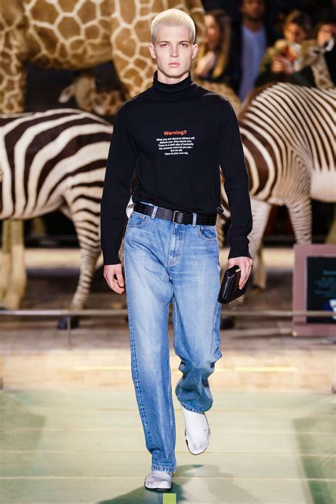 Vetements News, Collections, Fashion Shows, Fashion Week