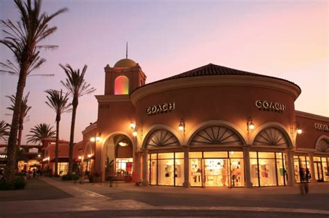 Premium Outlets and Fashion Valley - Luxurious Shopping in