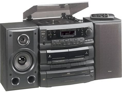 Teac DCD6300 3-disc CD Stereo with Turntable - Free