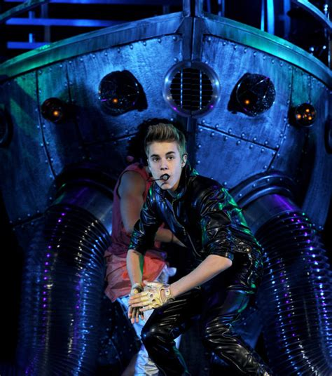 Justin Bieber, Carly Rae Jepsen and Cody Simpson Perform