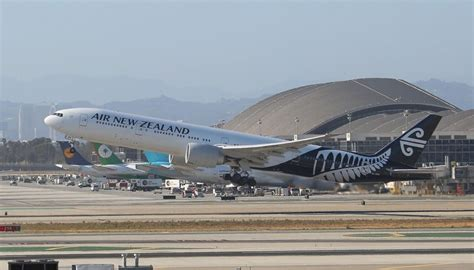 Air New Zealand cancels flight after plane clipped by