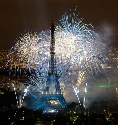 Bastille Day Fireworks, a photo from Ile-de-France, North